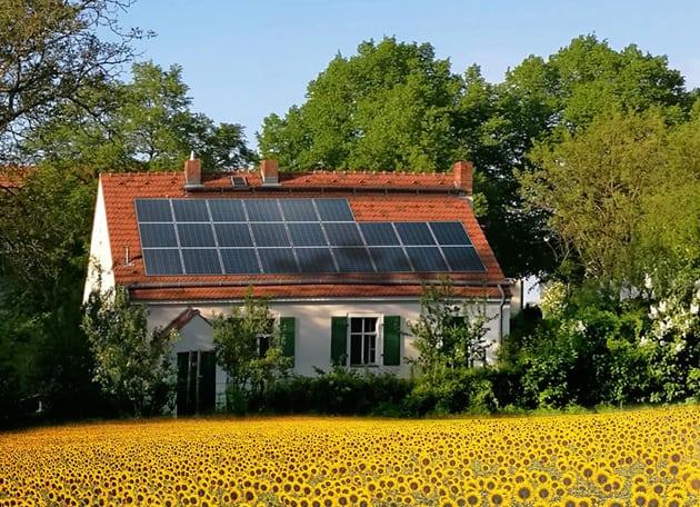 Einfamilienhaus mit Solaranlage
