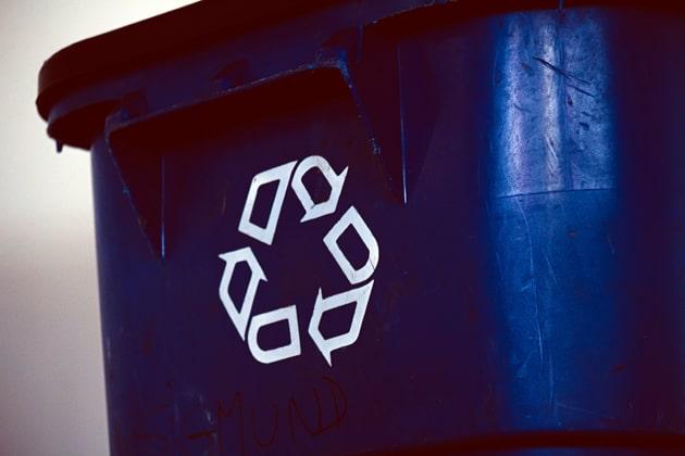 Tonne für das Recycling von Elektromüll
