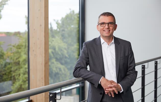 Stephan Lowis CEO enviaM