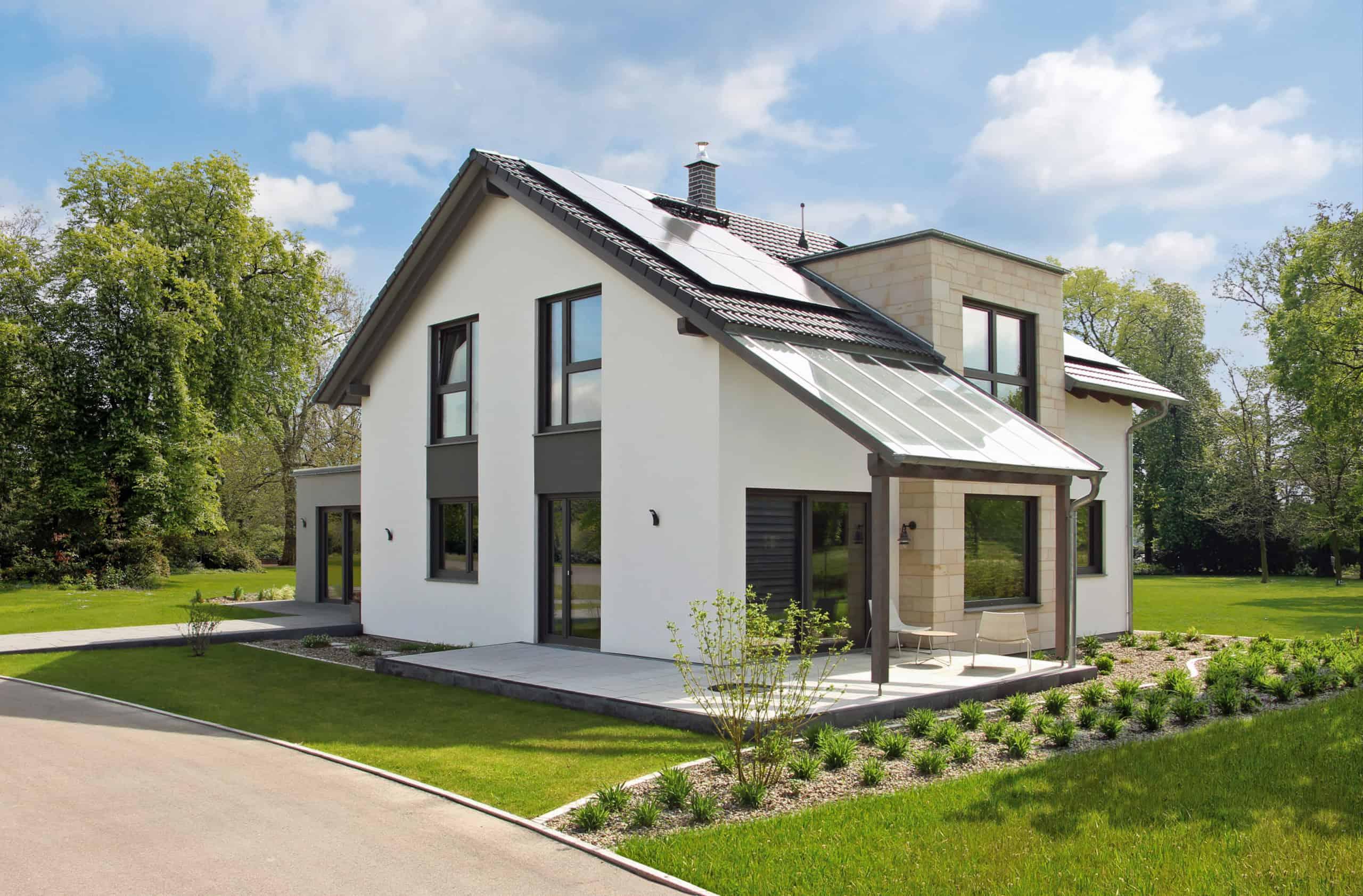 Außenansicht eines Musterhauses von Hanse Haus