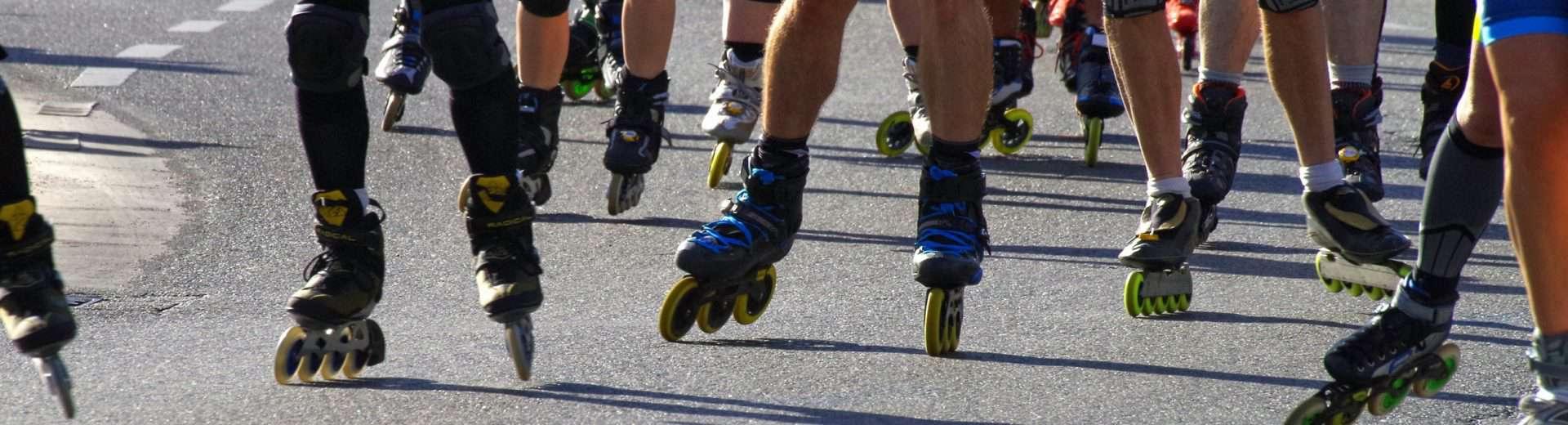 mehrere Inlineskater, Fläming Skate