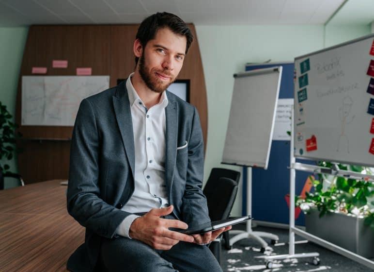 Florian Preuß als Geschäftsführer des Support- und Servicedienstleisters A/V/E